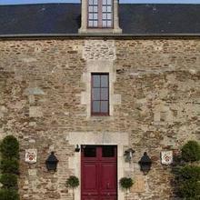Manoir De La Rivière in Anctoville