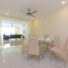 Mansion One, 3 Bedrooms Supercondo in George Town