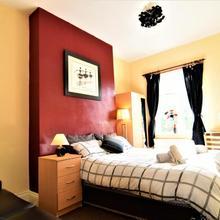 Manu's Place Shared & Private Apartments in Birmingham