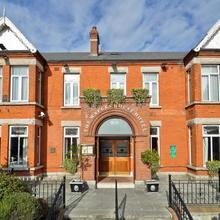 Maples House Hotel in Dublin