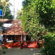 Marari Das Beach Villa in Shertallai