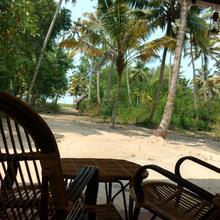 Marari Das Beach Villa in Mararikulam