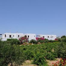 Marili Apartments Studios in Paros