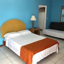 Mariner Motel in North Miami Beach
