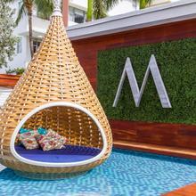 Marseilles Beachfront Hotel in Miami Beach