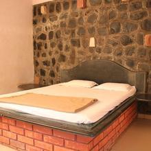 Masai Resorts in Panhala