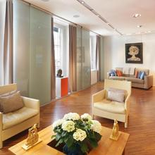 Matignon Terrace Apartment in Paris