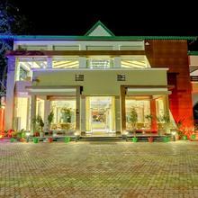 Maulik Mansion Resort in Ramnagar