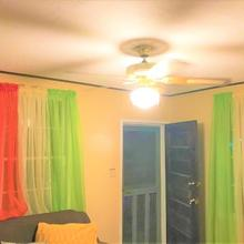 Mckay's Hostel in Belize City