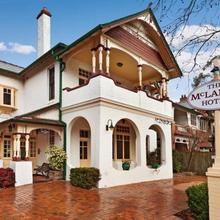 Mclaren Hotel - North Sydney in Sydney
