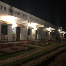 Meenakshi Vilas in Surandai
