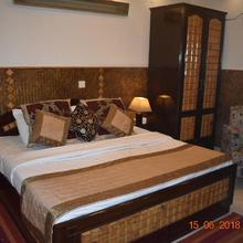 Megha Home Stay in Noida