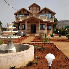 Mehra Farm in Lonavala