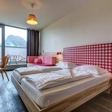 Meininger Hotel Salzburg City Center in Salzburg