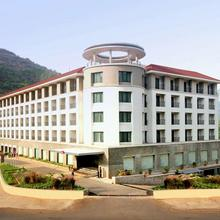 Mercure Lavasa - An Accorhotels Brand in Dasave