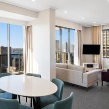 Meriton Suites Pitt Street in Sydney