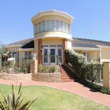 Merwehuis Bed And Breakfast in Johannesburg