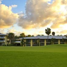 Miami Lakes Hotel And Golf in Miami Lakes