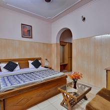 Mid City Hotel in Hisar