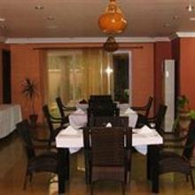 Midindi Hotel in Teshi