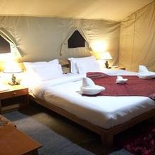 Mila Retreat Camp in Deshkit