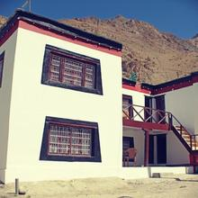 Milarepa Guest House in Kaza