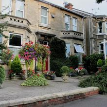 Milton House Bed And Breakfast in Bath