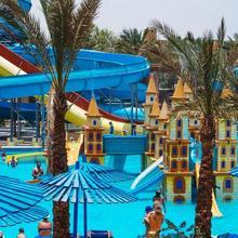 Mirage Bay Resort & Aqua Park in Al Ghardaqah