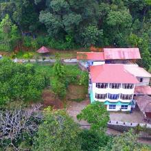 Misty Mansion Resort in Munnar