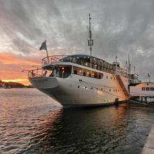 Mälardrottningen Yacht Hotel & Restaurant in Stockholm