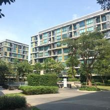 Modern Loft Icondo @ Sukhumvit 103 in Bangkok