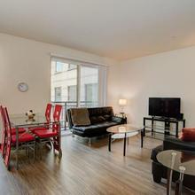 Modern Suites Walk To Pioneer Square in Seattle