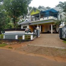 Mohans Stay in Udumbanshola