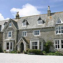 Molesworth Manor in Saint Eval
