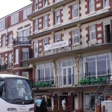 Monarch Hotel in Wold Newton