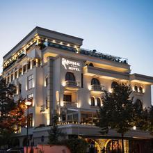 Mondial Hotel in Tirana