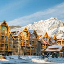 Moose Hotel And Suites in Banff