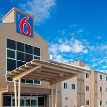 Motel 6 Brandon in Brandon