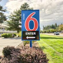 Motel 6 Everett North in Everett