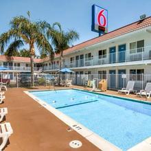 Motel 6 Los Angeles - Van Nuys/north Hills in Los Angeles