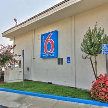 Motel 6 Sacramento - Old Sacramento North in Sacramento
