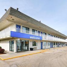 Motel 6 Topeka Northwest in Topeka