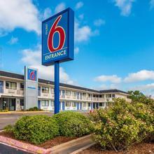 Motel 6 Waco - Bellmead in Robinson