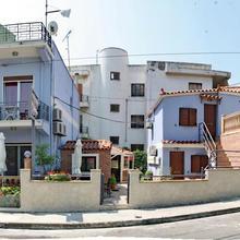 Motel Nikos in Mystegna