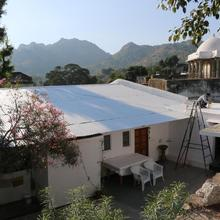 Mount Abu Luxury Apartment in Delmara