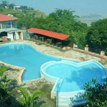 Mount Castle Resort in Kudal