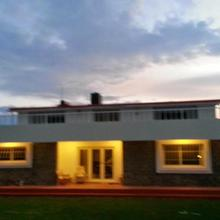 Mountain Top Holiday Home in Ooty