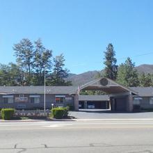 Mountain View Inn Yreka CA in Yreka