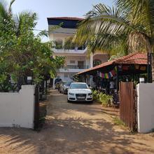 Moustache Goa Cowork Hostel in Shiroda