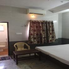 Msm Lodge in Kumbakonam